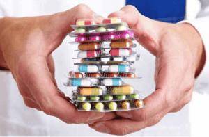 adeslas cubre medicamentos